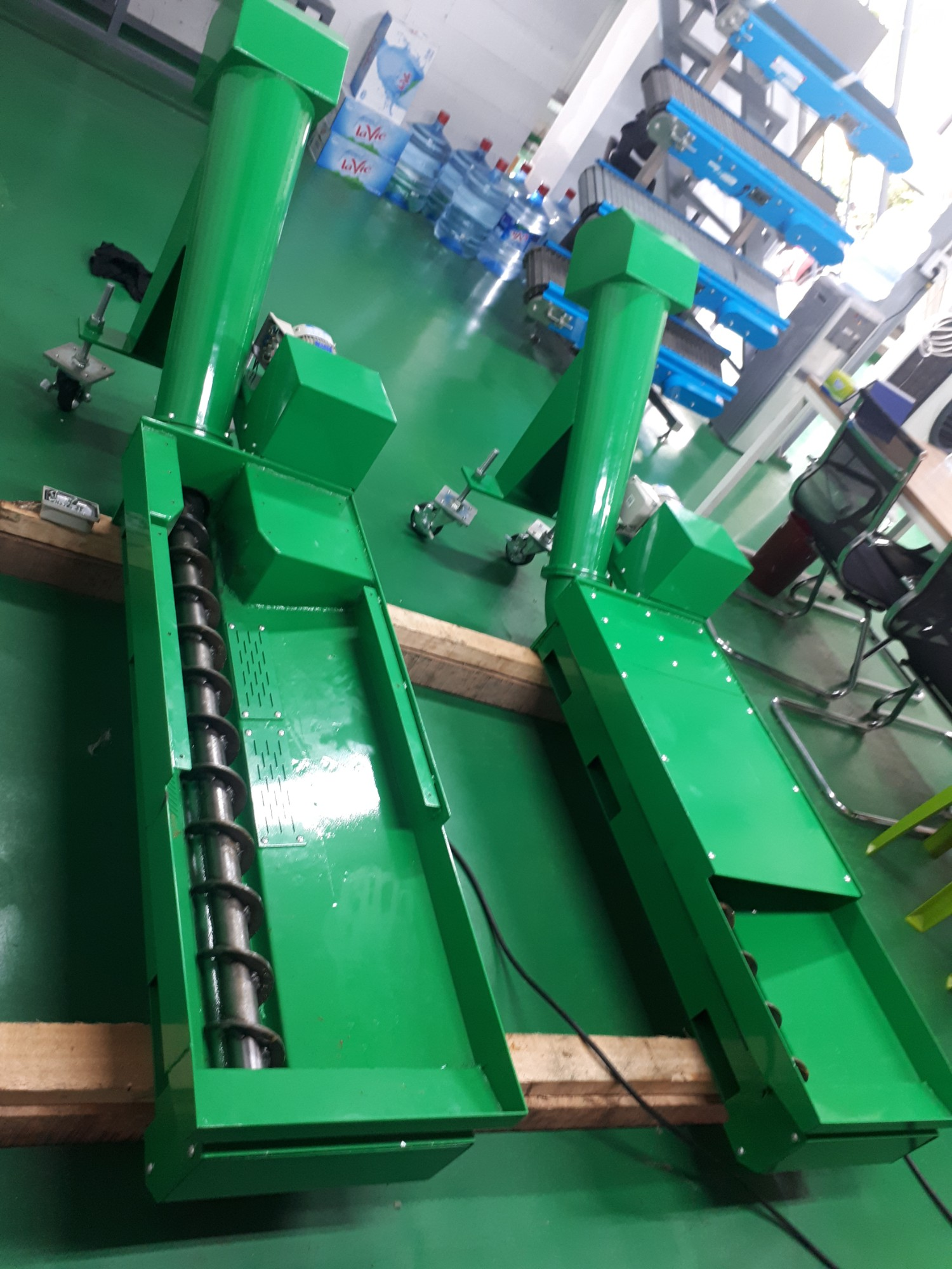 SCREW CONVEYOR SCS-11 FOR TRANSPORTING CHIPS OF NC/CNC MACHINES
